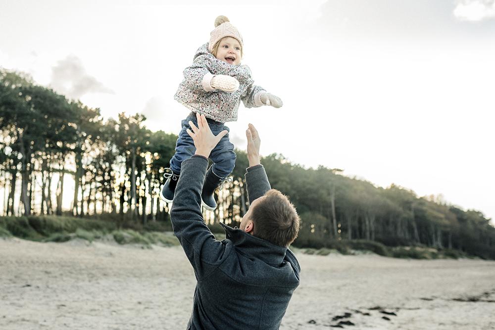familienshooting, familienfotos, familienfotograf-rostock, familienfotos am strand, familienshooting an der ostsee, familienfotograf_rostock, rügen, darß, warnemünde