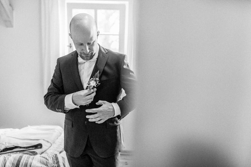 anke schmidt, photogenio, Hochzeit, Hochzeitsbilder, Hochzeitsfotos, Brautpaar, Hochzeitsreportage, getting ready, bräutigam